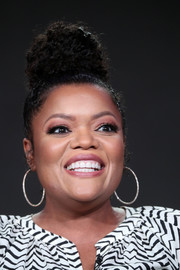 Yvette Nicole Brown looked funky with her curly bun at the 2017 Winter TCA Tour.