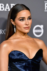 Olivia Culpo looked gorgeous with her sleek straight 'do at the 2018 Baby2Baby Gala.