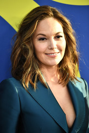 Diane Lane rocked a messy wavy lob at the 2018 CFDA Fashion Awards.