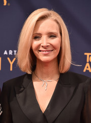 Lisa Kudrow kept it classic with this bob at the 2018 Creative Arts Emmy Awards.