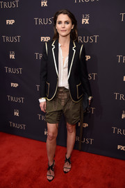 Keri Russell looked hip wearing this black Saint Laurent blazer with gold trim at the 2018 FX All-Star Party.