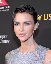 Ruby Rose wore her short hair in a gelled side-parted style at the 2018 G'Day USA Black Tie Gala.