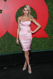 Charlotte McKinney was equal parts sweet and sexy in a strapless pink dress by Dolce & Gabbana at the 2018 GQ Men of the Year party.