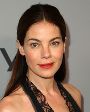 Michelle Monaghan made her beauty look pop with a swipe of bright red lipstick.