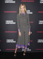 Karlie Kloss looked vibrant in a Vivetta geometric-print blouse with a contrast collar and cuffs at the 2018 Makers Conference.