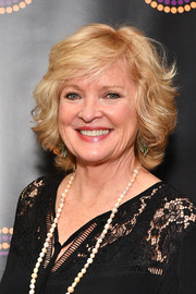 Christine Ebersole wore her hair in a curled-out bob at the 2018 Outer Critics Circle Theatre Awards.