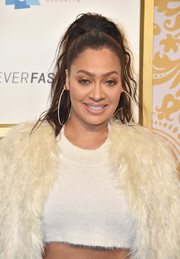 La La Anthony looked stylish wearing this messy high ponytail at the 2018 Roc Nation brunch.