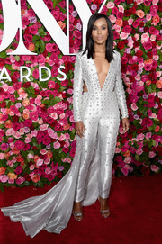 Kerry Washington was a style standout in an embellished Atelier Versace jumpsuit with waist cutouts and a long train at the 2018 Tony Awards.
