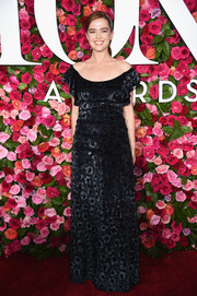 Zoey Deutch looked feminine and elegant in a black velvet off-the-shoulder gown by Brock Collection at the 2018 Tony Awards.