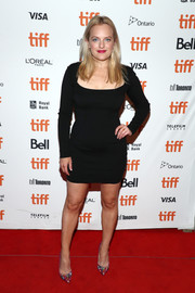 Elisabeth Moss kept it simple and classic in a long-sleeve LBD by Alaia at the TIFF premiere of 'Her Smell.'