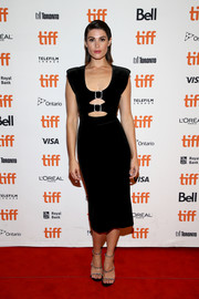 Gemma Arterton styled her LBD with a pair of bedazzled triple-strap sandals by Le Silla.