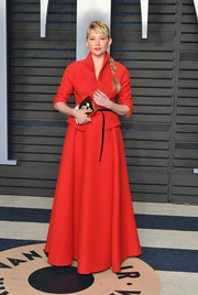 Haley Bennett chose a red carpet-worthy skirt suit by Dior Couture for the 2018 Vanity Fair Oscar party.