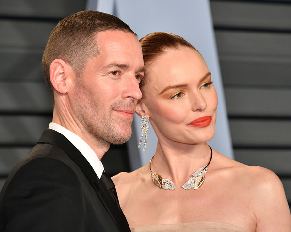 More Pics of Kate Bosworth Bright Lipstick (1 of 9) - Makeup Lookbook - StyleBistro [oscar party,vanity fair,l,hair,face,facial expression,skin,hairstyle,beauty,chin,formal wear,fashion,nose,beverly hills,california,wallis annenberg center for the performing arts,radhika jones - arrivals,michael polish,radhika jones,kate bosworth]