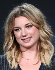Emily VanCamp looked cute with her piecey waves at the 2018 Winter TCA Tour.