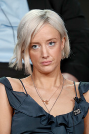 Andrea Riseborough looked cool with her asymmetrical platinum-blonde bob at the 2018 Winter TCA Tour.