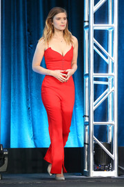 Kate Mara was red-hot in a form-fitting, low-cut jumpsuit by Mugler at the 2018 Winter TCA Tour.