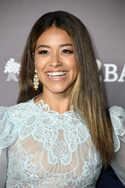 Gina Rodriguez wore her hair down and straight at the 2019 Baby2Baby Gala.