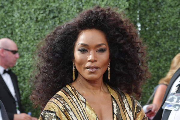 More Pics of Angela Bassett Box Clutch (5 of 13) - Clutches Lookbook - StyleBistro [hair,hairstyle,black hair,long hair,jheri curl,event,ringlet,fawn,arrivals,angela bassett,creative arts emmy awards,los angeles,california]