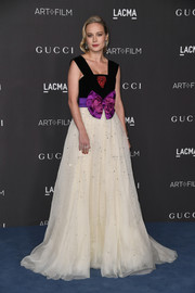Brie Larson had a princess moment at the 2019 LACMA Art + Film Gala in a bowed velvet and organza gown by Gucci.