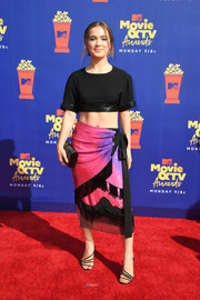Haley Lu Richardson flaunted her toned abs in a black crop-top by Prabal Gurung at the 2019 MTV Movie and TV Awards.