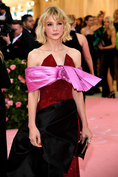 More Pics of Carey Mulligan Off-the-Shoulder Dress (1 of 6) - Carey Mulligan Lookbook - StyleBistro [fashion model,clothing,fashion,shoulder,haute couture,dress,event,waist,fashion show,blond,fashion - arrivals,carey mulligan,notes,fashion,new york city,metropolitan museum of art,met gala celebrating camp]
