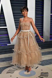 Kerry Washington went for flirty glamour in a strapless nude corset dress by Schiaparelli Couture at the 2019 Vanity Fair Oscar party.