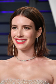 Emma Roberts went for a center-parted bob at the 2019 Vanity Fair Oscar party.