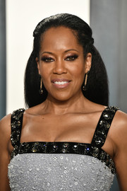 Regina King kept it simple with this half updo at the 2020 Vanity Fair Oscar party.