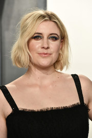 Greta Gerwig rocked a messy-chic bob at the 2020 Vanity Fair Oscar party.