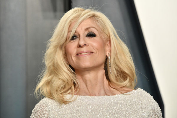 More Pics of Judith Light Mid-Length Bob (1 of 6) - Judith Light Lookbook - StyleBistro [hair,face,blond,hairstyle,lady,eyebrow,beauty,chin,lip,layered hair,radhika jones - arrivals,radhika jones,judith light,beverly hills,california,wallis annenberg center for the performing arts,oscar party,vanity fair,judith light,angela bower,whos the boss?,claire meade,television,photograph,united states,image]