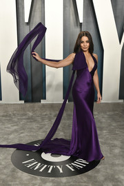 Vanessa Hudgens looked sensuous in a plunging purple gown by Vera Wang at the 2020 Vanity Fair Oscar party.