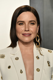 Sophia Bush went for a simple side-parted hairstyle at the 2020 Vanity Fair Oscar party.