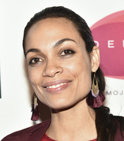 Rosario Dawson sported a simple ponytail at the 20th anniversary of V-Day.