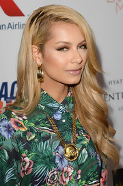 Havana Brown wore a medallion style necklace at the Annual Race to Erase MS gala.