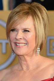 JoBeth Williams rocked a modern bob at the 2014 SAG Awards.