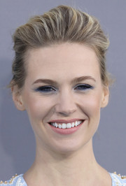 January Jones brightened up her beauty look with jewel-tone eyeshadow.