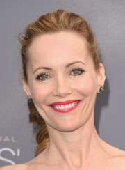Leslie Mann oozed sweetness wearing this curly ponytail at the Critics' Choice Awards.