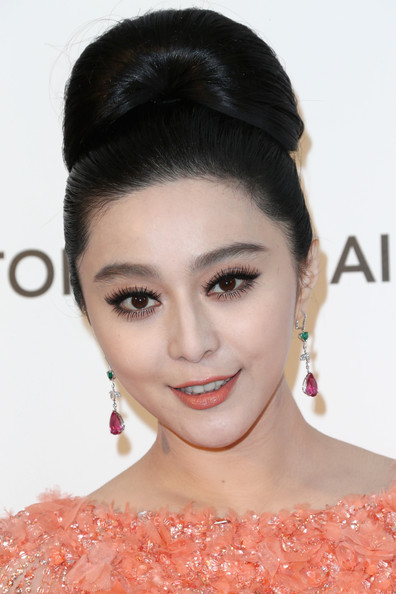 More Pics of Fan Bingbing Stackable Rings (1 of 15) - Stackable Rings Lookbook - StyleBistro