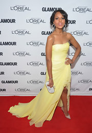 Kerry Washington topped off her pale yellow draped gown with nude stilettos.