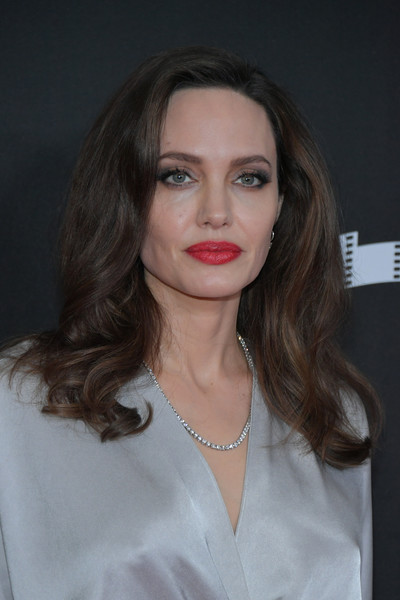 Angelina Jolie amped up the elegance with a Tiffany & Co. diamond tennis necklace.