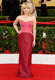 Melissa Rauch's pink and red Pamella Roland confection was an overload of sweetness on the SAG Awards red carpet.