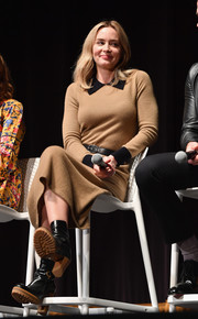Emily Blunt kept cozy in a tan sweater dress with a contrast collar and cuffs at the SCAD Savannah Film Festival.