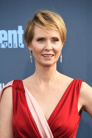 Cynthia Nixon sported a mildly messy cut at the Critics' Choice Awards.