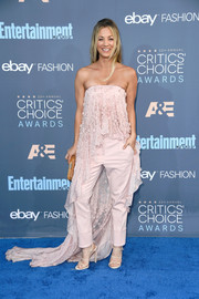 Strappy nude heels by Giuseppe Zanotti tied Kaley Cuoco's look together.