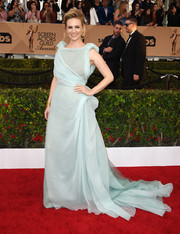 January Jones was a vision in a baby-blue Schiaparelli Couture Grecian gown at the SAG Awards.