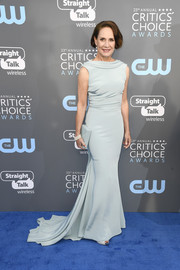Laurie Metcalf cut an elegant figure in an ice-blue fishtail gown by Cristina Ottaviano at the 2018 Critics' Choice Awards.