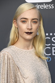 Saoirse Ronan swiped on some dark lipstick for a vampy beauty look.
