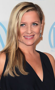 Jessica Capshaw wore her blond hair straight and side-swept at the 23rd Annual Producers' Guild Awards.