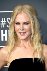 Nicole Kidman opted for a boho-glam half-up 'do when she attended the 2019 Critics' Choice Awards.