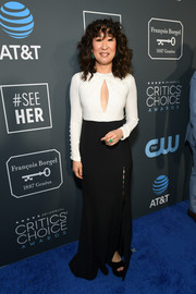 Sandra Oh worked a black-and-white keyhole-cutout gown by Prabal Gurung at the 2019 Critics' Choice Awards.
